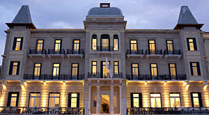 Poseidonion Hotel on Spetses partners with Grace Hotels Group