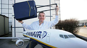 Ryanair and Samsonite launch approved carry-on bag