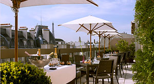 The W Restaurant at Hotel Warwick Champs-Elysées inaugurates a new concept