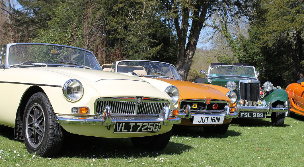 MG Rally drives car enthusiasts to Arundel Castle