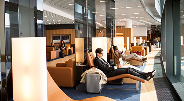 Relax while you wait: new rest areas at Frankfurt Airport